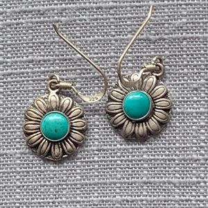 NWOT silver and turquoise flower earrings